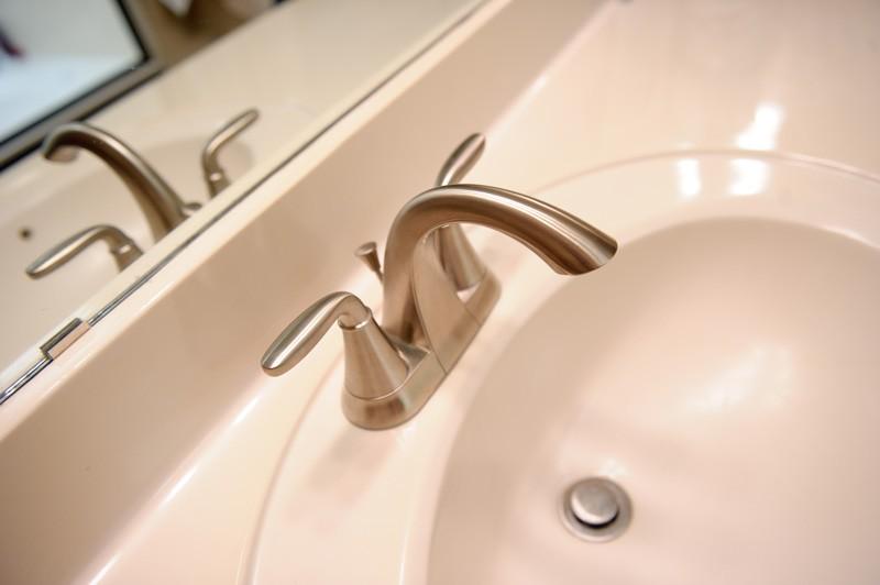 townhouse-bathroom-update-sink-view