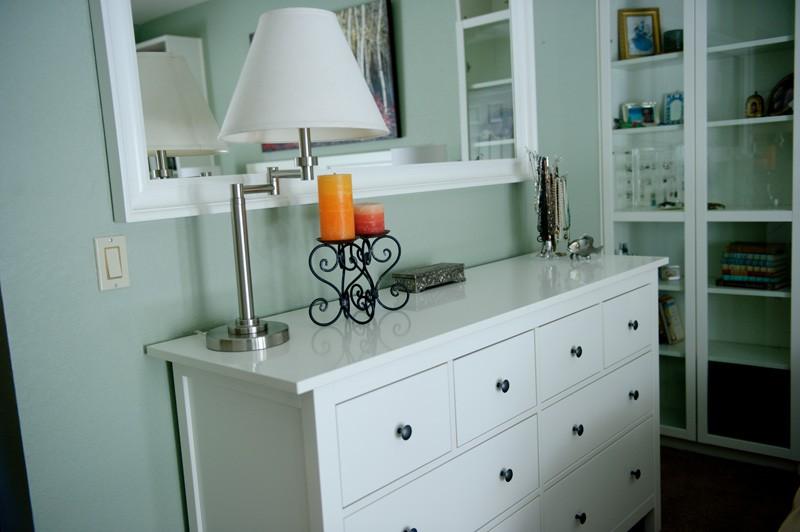 townhouse-bedroom-update-dresser-view