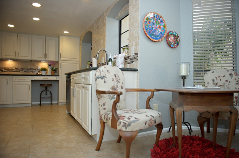 townhouse-kitchen-update-dining-table-view