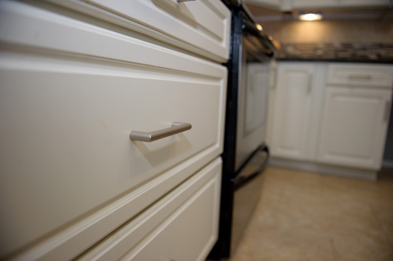 townhouse-kitchen-update-large-drawer