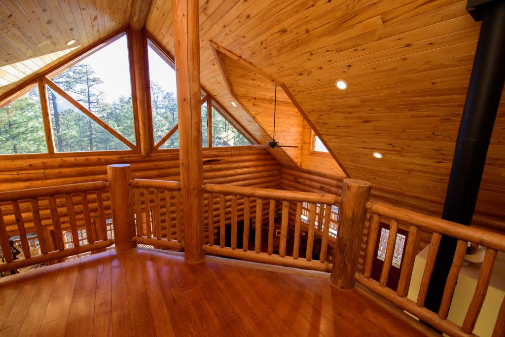 Custom Log Home 4